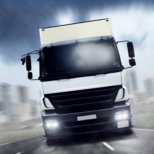 Мониторинг коммерческого транспорта грузовиков Антикит